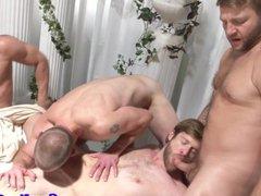 Gay toga vidz party cocksucking  super muscular action