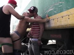 Bareback Fucked vidz by two  super hot tops in a construc