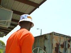 Junkyard worker vidz fucked for  super a bouns