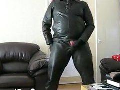 Masturbating In vidz Leather