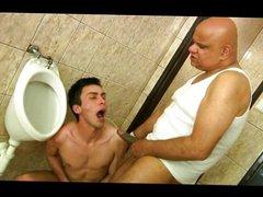 in the vidz toilets