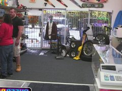 Bubble Butt vidz Hunk Gets  super Plowed