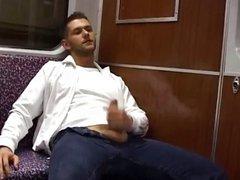 cum n vidz join me  super in train