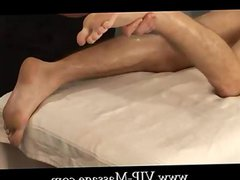 Massage video vidz performance by  super gay male masseur