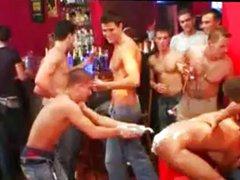 Dominik Trojan vidz - Guys  super Go Crazy (2006) - xs