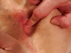Lucky DILF vidz sucked by  super younger stud