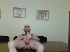 Bearded man vidz wanking spread  super legs