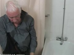 Shower And vidz a Jerk  super Off For Grandpa
