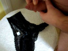 spunking over vidz girfriends panties