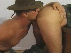 Military men vidz drill