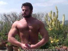 Muscle Bear vidz Frank Defeo