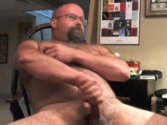 Bald Bear vidz Bop