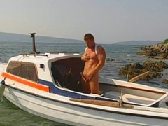 Guy on vidz the yacht  super jacking off cock