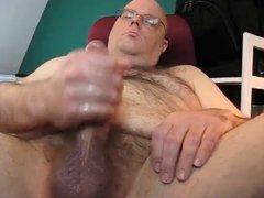 Hard Bear vidz Blows His  super Load
