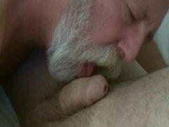 Beard Daddy vidz blow and  super eat cum
