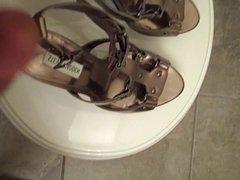 Cum on vidz heels