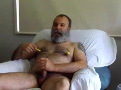 Bear daddy vidz smoking and  super jerking off