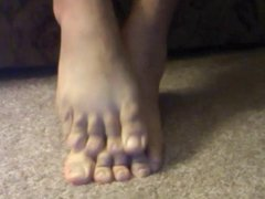 My bare vidz feet