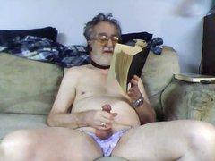 tommy reads vidz aloud some  super porn - part 5
