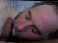 Bearded Daddy vidz Blows Him