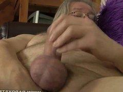 Chubby Daddy vidz Jerking Off