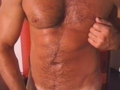 musculed daddy vidz jerks off  super his hudge cock and cums