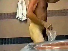 hidden cam vidz in lockerroom