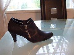 Cum in vidz wifes high  super cut court shoe