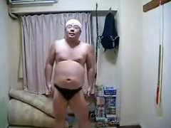 For the vidz Ladies &  super Gays: Sexy Man does Japanese Dancing
