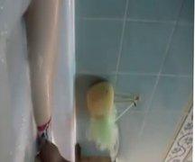taking a vidz shower