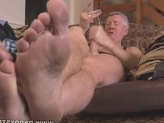 Rough Daddy vidz Jerk Off