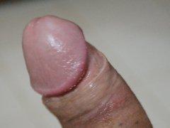 Close up vidz of my  super hard dick precum