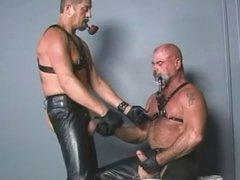 Smoking TitPig vidz Steve Hurley  super & Leather Bear