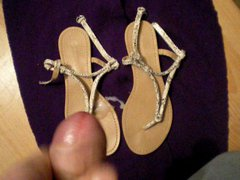 cum on vidz wife sandal