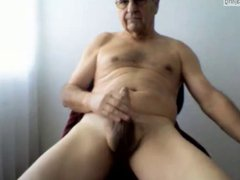 Older men vidz show his  super sexy body and lovely hard cock