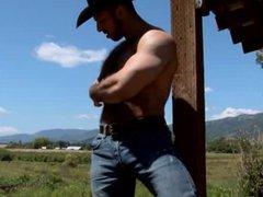 Cowboy - vidz Alone on  super the Ranch