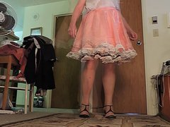Sissy Ray vidz in Pink  super Sissy Dress