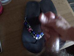 wifes flip vidz flops