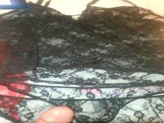 Jerking off vidz and cum  super my wife's panties