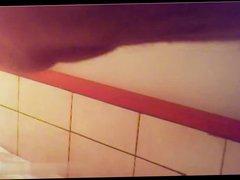 In the vidz men showers