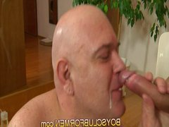 Very old vidz man creamied  super young(18+) boy