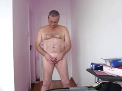 I like vidz to show  super off and wank as you watch