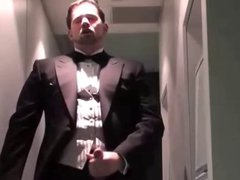 Guest masturbates vidz after a  super wedding
