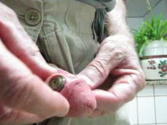 Fingering my vidz hole