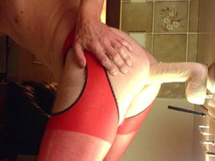 HUSBAND IN vidz RED OUVERT-PANYHOSE  super DOES ANAL
