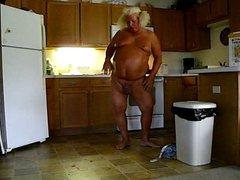 Berta in vidz the Kitchen  super becummin a meatloaf part #2