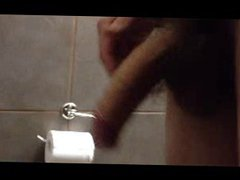 Dick play vidz in bathroom