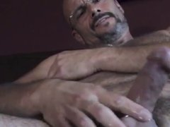 Hairy Daddy's vidz Jerking(with sweet  super nipple)