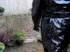 Sext Tranny vidz outside wanking  super in PVC rain coat and mini skirt