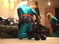 Roxina Green vidz Heel Grab